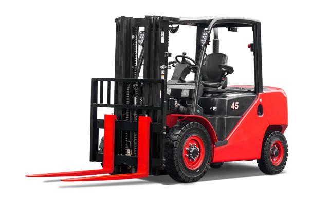 Chariot élévateur intermédiaire avec pneus à bandage creux / 8000 lb à 11000lb